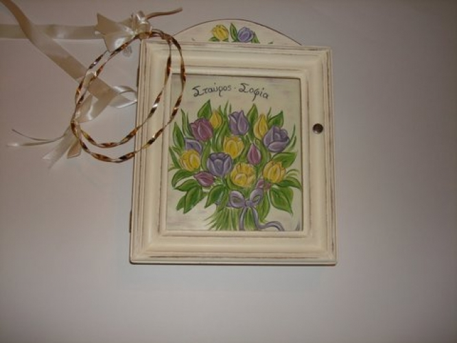 Hand-painted Wreath Box Toulips