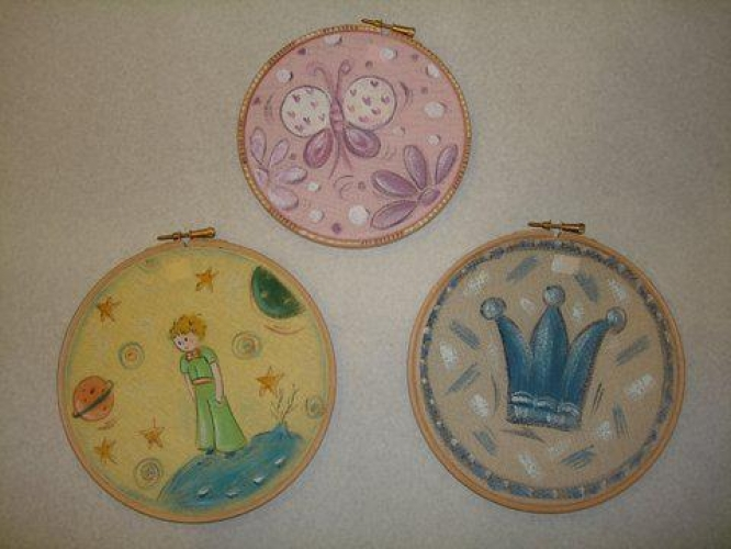 Hand-painted Wooden Themes for Wedding & Christening Favors